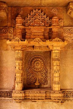 india - gujarat Indian Temple Architecture, India Architecture, Ancient Architecture, Beautiful Architecture, Historical Architecture, Goa India, India Art, Monuments, Amazing India