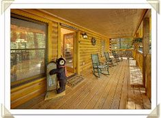 Aunt Bug's Cabin Rentals offers the perfect cabin rentals in the Great Smoky Mountains, Tennessee area including Gatlinburg and Pigeon Forge cabin rentals! Pigeon Forge Tn, Pigeon Forge Cabin Rentals, Smoky Mountain Cabin Rentals, Gatlinburg Cabins, Great Smoky Mountains, Great Rooms, Smoky Mountain