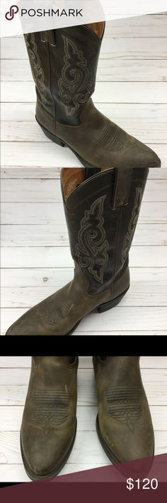 DOUBLE H COWBOY BOOTS Up for sale a beautiful pair of western cowboy work boots, men's size 9 1/2 D. Brown leather cowhide. Preowned, very good condition. Shoes Cowboy & Western Boots