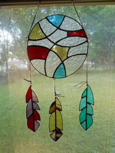 Sweet Dreams Stained Glass Dream Catcher by GoodVibesGlassArt - Cool Glass Art Designs Stained Glass Ornaments, Stained Glass Suncatchers, Stained Glass Designs, Stained Glass Projects, Stained Glass Patterns, Modern Stained Glass, Faux Stained Glass, Native Art, Native American Art