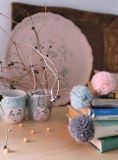 Handmade and Happiness: Progetto pompom- seconda parte! Pompom mania!