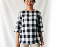 Checkers black and white women's shirt. Simple cut. 3/4 sleeve. Woven fashion t-shirt. Sizes US S, M, L.