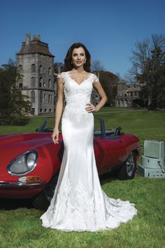 8730 - NEW 2015 Collection from Justin Alexander Available to order at Bridal Manor Pretoria www.bridalmanor.co.za