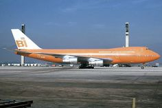 Braniff International Boeing 747-127 N601BN is parked under the impressive light towers at Rio de Janeiro-Galeão, July 1981. (Photo: Vito Cedrini, Copyright: Braniff Flying Colors Collection)