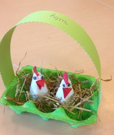the most fun crafts to make with Easter Easter Eggs Kids, Easter Art, Easter Crafts, Easter Activities, Preschool Crafts, Kids Crafts, Diy And Crafts, Egg Carton Crafts, Animal Crafts For Kids