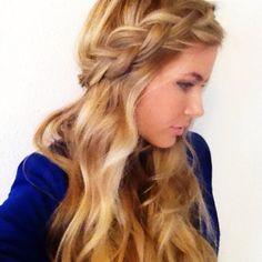 Cute hair...