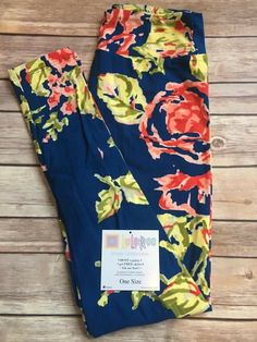 These are amazing in blue too! Lularoe leggings!