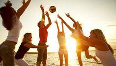 Seit einiger Zeit spiele ich Volleyball. Ich habe dort neue Freunde gefunden. Dieser Sport ist ein guter Ausgleich und inspiriert mich zugleich.