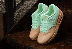 Nike Quickstrike Womens Air Max 1 VT  http://www.hanon-shop.com/product.php?productid=39494