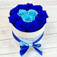 Blue Roses, Blue Flowers, Bouquet Box, Wallpaper Downloads, Flower Boxes, Baby Blue, Favorite Color, Diy And Crafts, Seasons