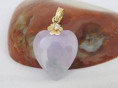 Vintage 18K Solid Yellow Gold White Topaz Natural Lavender