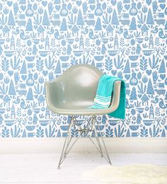 Lisa Congdon Folk Removable Wallpaper – Chasing Paper *Love this for a back splash in kitchen ? Kitchen Wallpaper, Kids Wallpaper, Peel And Stick Wallpaper, Bold Wallpaper, Paper Wallpaper, Interior Design Living Room, Living Room Decor, Diy Interior, Living Rooms