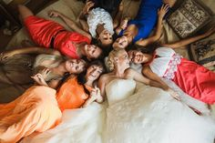 bride with bridemaids | be sure to check the rest epic wedding moments @ likefun.me