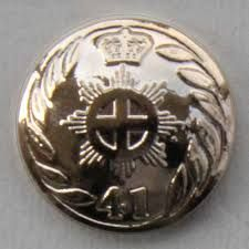 (historicaltwiststore.com) 41st regiment of Foot- Officer's Button. Officers to wear gold as of 1812. The officers of the 2nd Battalion would have arrived in Canada during 1813 wearing the new gold lace while the change was probably completed for the officers of the 1st Battalion by early 1814 (Chartrand- A Scarlet Coat)