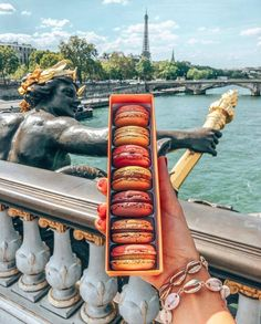 French Bakery, Destination Voyage, Bali, Alcoholic Drinks, Glass, New York, Food, Beach Homes, Cabin