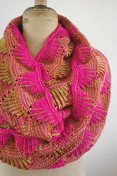 Ravelry: Project Gallery for Miri pattern by Anna Sudo