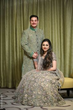 Marwari Destination Wedding In Turkey with Gorgeous Bridal Outfits Indian Engagement Photos, Indian Wedding Poses, Indian Wedding Couple Photography, Wedding Picture Poses, Engagement Photo Poses, Couple Photography Poses, Engagement Couple, Bride Photography, Indian Photography