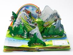 Photo gallery of the making of a Pop Up Book: montañas y montañas de papel...