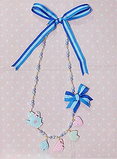 http://hellolace.net/wardrobe/angelic-pretty/type/accessories/item/151/