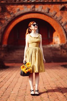Outfit: Sunflower..the clothes horse