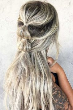 Gorgeous 80+ Easy Half Up Half Down Hairstyles for Every Occasion https://bitecloth.com/2017/08/17/80-easy-half-half-hairstyles-every-occasion/