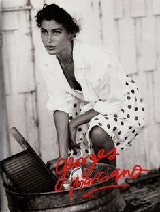 US Vogue February 1989 Photo Ellen Von Unwerth Models Carré Otis & Cameron Alborzian Guess Models, 90s Models, Ellen Von Unwerth, Guess Ads, Modelos Guess, Become A Photographer, Original Supermodels, Guess Girl, Mickey Rourke