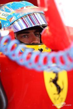 Fernando Alonso in the cockpit - 2014 Bahrein GP FP1