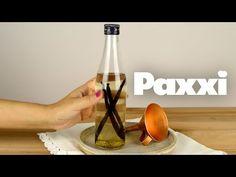 Εκχύλισμα βανίλιας - Paxxi 1min C46 - YouTube Food Hacks, Food Tips, Wine Decanter, New Recipes, Barware, Vanilla, Drinks, Bottle, Cake
