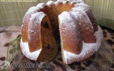 Banános kuglóf – csokidarabokkal recept fotóval Ring Cake, Scones, Muffin, Food And Drink, Bread, Breakfast, Bundt Cakes, Morning Coffee, Brot