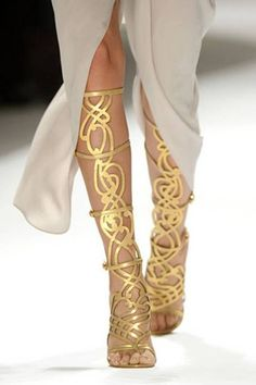 Summer Obsession: Golden Gladiator Sandals <3 #summer #goldensandals #obsession #ootd #heel