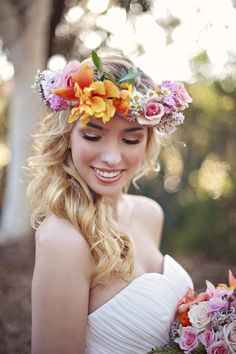 Flower crown headband or flower headpiece for bride at spring or summer wedding -  see more --> 7 Statement Wedding Flower Ideas That Will Amaze Guests