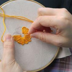 Buttonhole stitch #手仕事 #crossstitch #sewing #contemporaryembroidery #craft #couture #hoopart #kasnak #kanaviçe #elişi #fiberart…