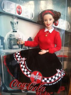 Coca-Cola Sweetheart Barbie Collector Edition, 2nd in the 1950's Coca-Cola Barbie Series, 1999