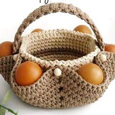 Пасхальная корзинка для яиц Crochet Baby Dress Pattern, Baby Sweater Knitting Pattern, Easter Crochet Patterns, Crochet Patterns For Beginners, Crochet Kitchen, Crochet Home, Crochet Gifts, Knit Crochet, Crochet Planter Cover