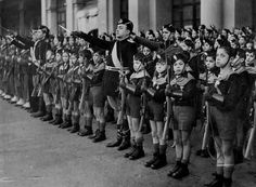 Eclectic Potted Histories : Indoctrinating children in Fascist Italy