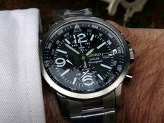 Seiko SSC075 black dial