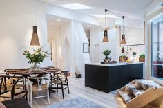 Crea una cocina nórdica con península.