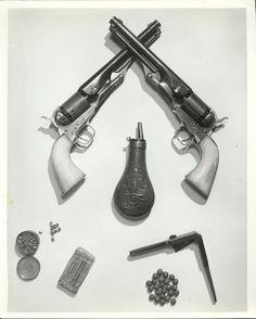 Pareja de Revolveres Navy