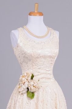 1940 Embroidered Lace Vintage Wedding Gown : Mill Crest Vintage