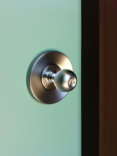 Our Ariel Mid-Century Modern door set on Glen and Molly's front door.  #midcenturymodern #doorhardware #hardware