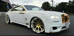 Rolls Royce Suv, Bentley Rolls Royce, Expensive Car Brands, Bentley Continental Gt Speed, Old Classic Cars, Kit Cars, Sexy Cars, Bugatti, Lamborghini