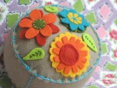 Things I've Made: Garden Party Pincushion: Tan