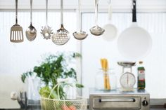 25 Helpful Kitchen Gadgets Guaranteed to Change the Way You Cook Published by eBay February 10, 2015
