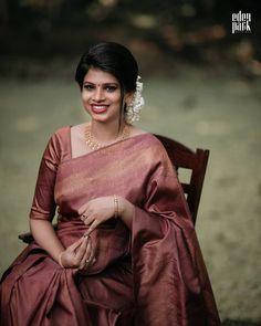 South Indian Wedding Saree, Indian Bridal Sarees, Bridal Silk Saree, Saree Wedding, Christian Wedding Gowns, Christian Bridal Saree, Christian Bride, Saree With Hijab, Kanjipuram Saree