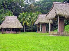 Quiriguá : Vista parcial del sitio arqueológico luego del trabajo hecho por arqueólogos invitados por la United Fruit Company. ◆Guatemala - Wikipedia http://es.wikipedia.org/wiki/Guatemala #Guatemala