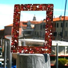 MEMORIES #yourmurano #muranoglass #bedroom #pictureframe
