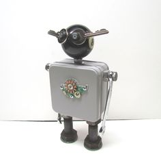 Found Objects Robot Sculpture / Assemblage Robot Figurine - One of a kind unique creation - Unique Gift by VINTAGEandMOREshop on Etsy https://www.etsy.com/listing/460141228/found-objects-robot-sculpture-assemblage