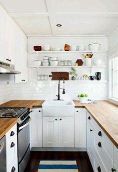 kleine küche einrichten schmaler raum offene regale   küchen ...