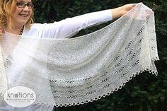 "The ""Onda su Onda"" shawl is knit top down."