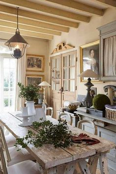 Marvelous French Country Dining Rooms Decoration Ideas - Page 23 of 99 French Country Living Room, Country Decor, Country Style Bathrooms, Cool House Designs, French Kitchen Decor, Country Dining Rooms, Country Living Room, Country Kitchen Designs, French Country Dining Room